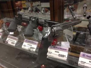 Pistols, Bass Pro Shops, Memphis